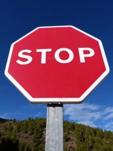 stop-940898_1920